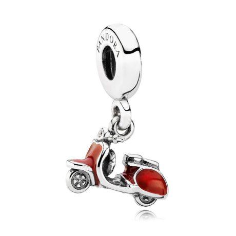Шарм-подвеска «Красный скутер»