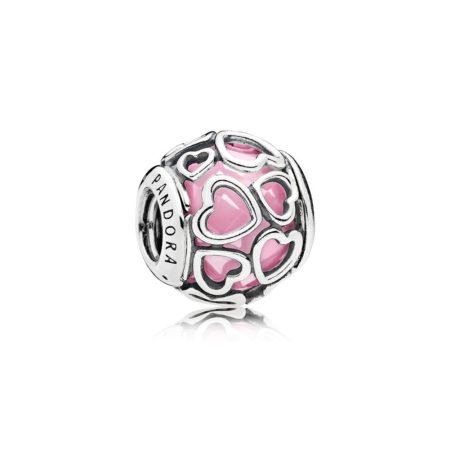Шарм «Ажурные сердца с розовым камнем»